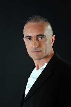 """Recensione Libro.it intervista Gianluca Giusti autore del libro """"Qualcosa non torna"""""""